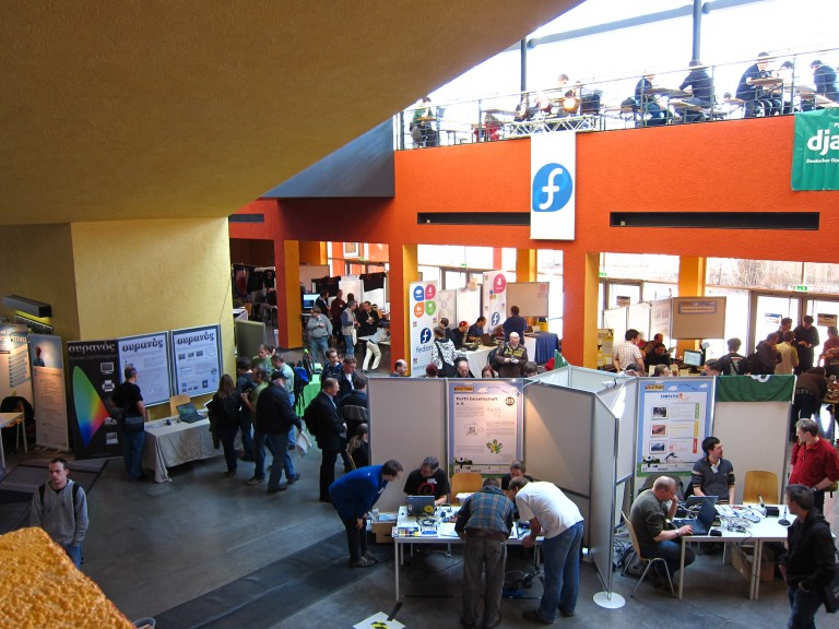 Exhibition and Fedora booth at Chemnitzer Linux-Tage 2011